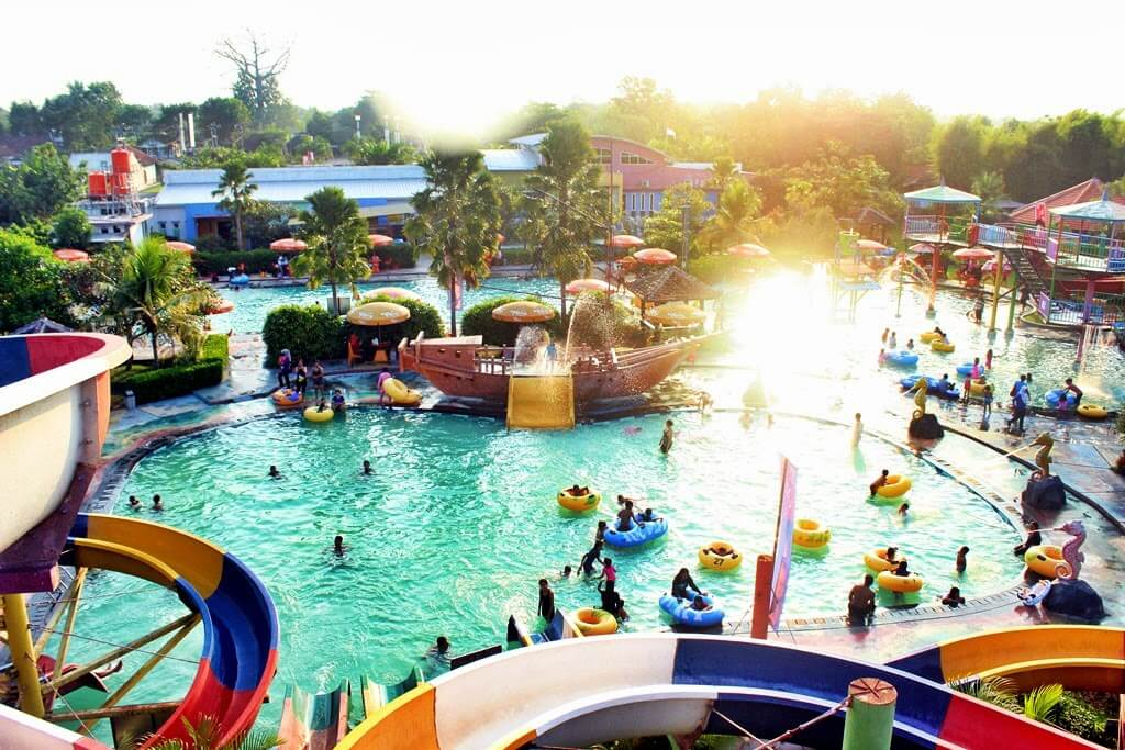 Grand-Puri-Waterpark-Salah-satu-waterpark-di-Jogja